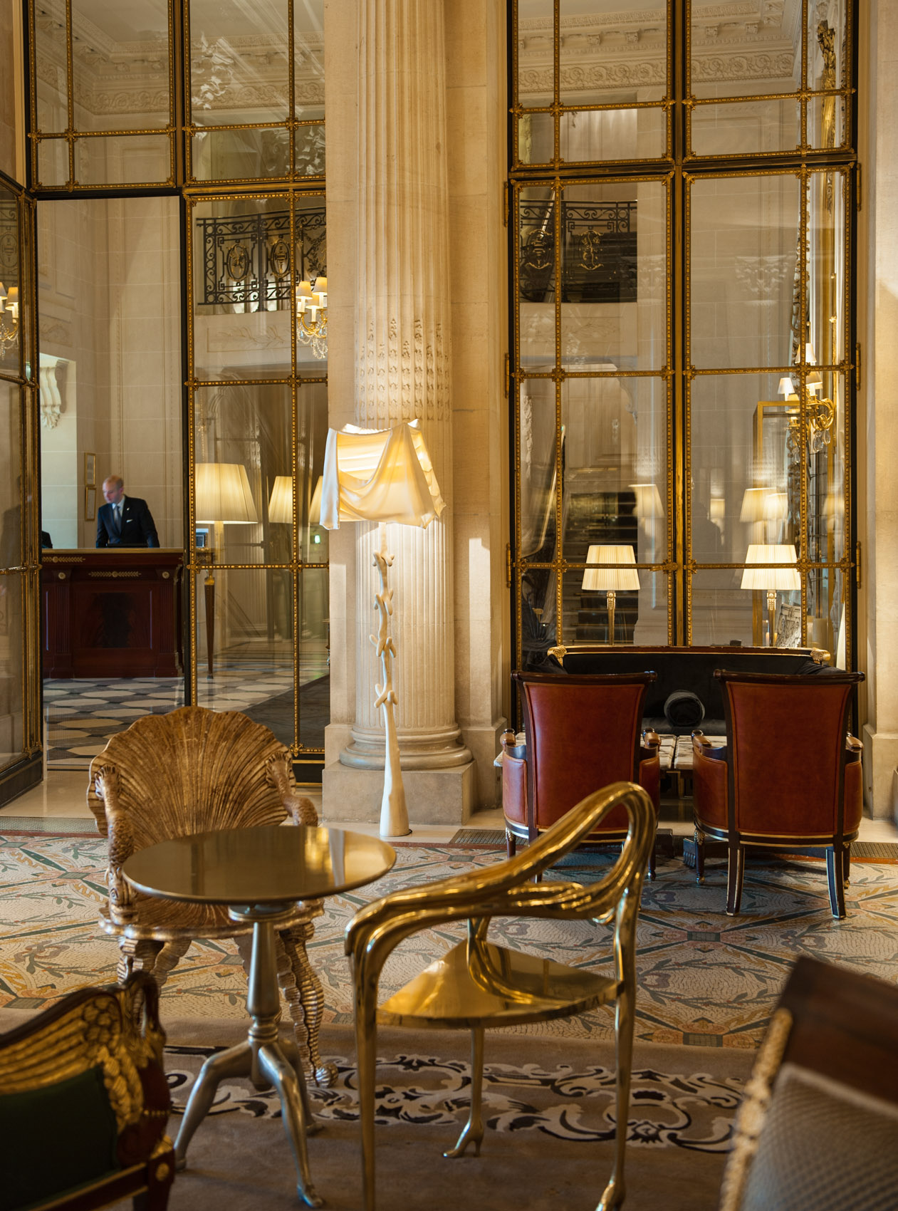 130131 foyer at Le Meurice, Paris